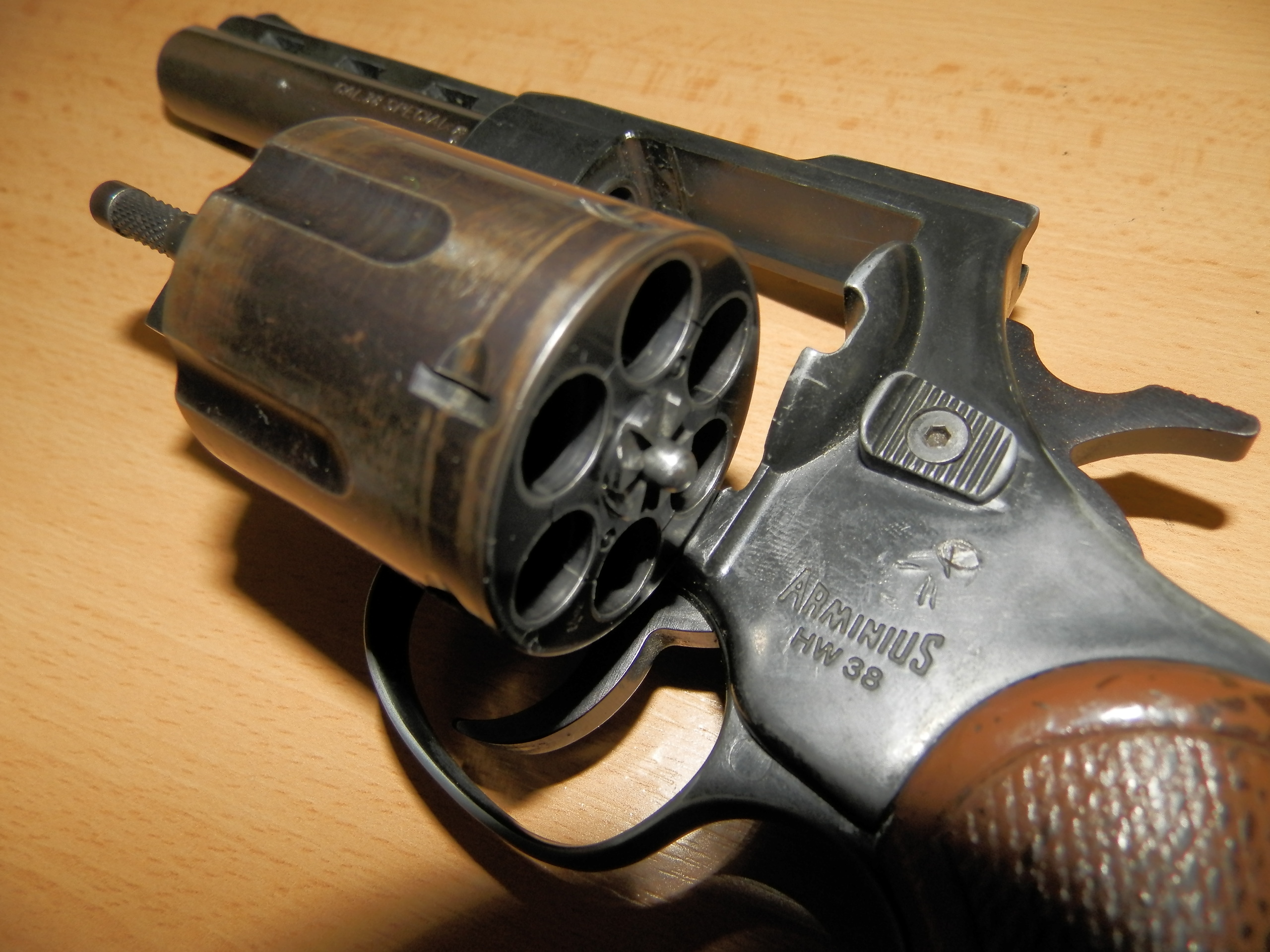 Revolver ARMINIUS HW38 - hlaveň 4